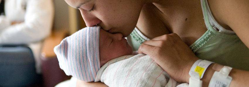 Håndtering af COVID-19 ved fødsel